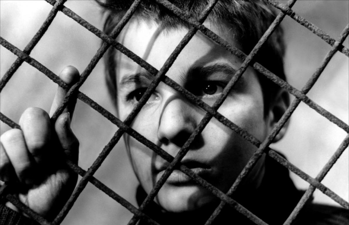 Les Quatre Cents Coups [The 400 Blows] ***** (1959, Jean